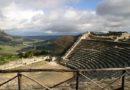 A découvrir : Le temple et le théâtre grecs de Ségeste en Sicile