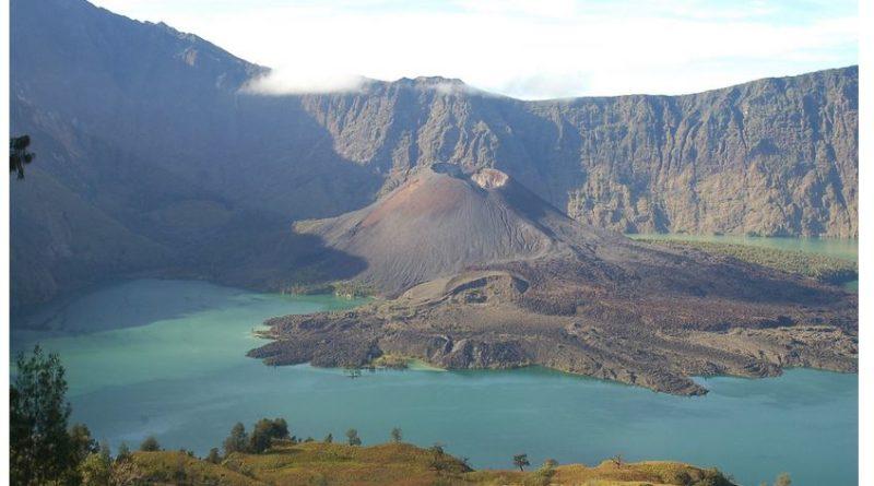 volcan indonésie